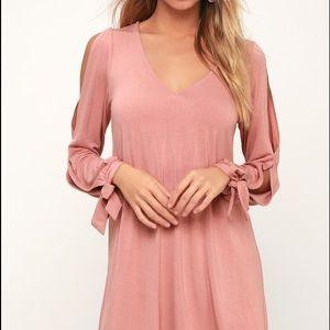 Lulus blush shift dress XS. NEW
